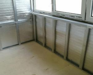 Какие материалы лучше выбирать для утепления балкона изнутри