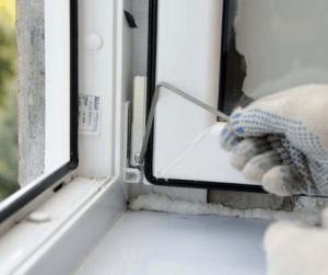 Как происходит регулировка пластиковых окон под зимний режим
