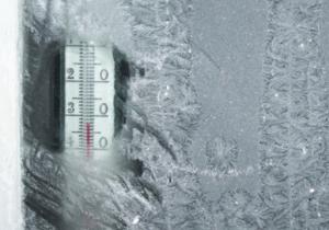 Как избежать проблемы промерзания окон зимой